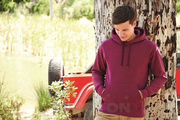 2233 600x400 - Moški pulover s kapuco